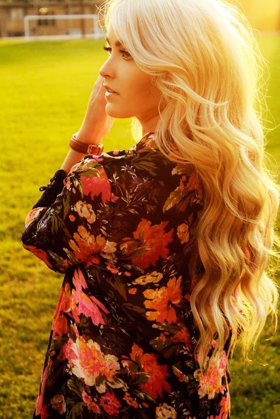 Summer Wavy Hairstyle