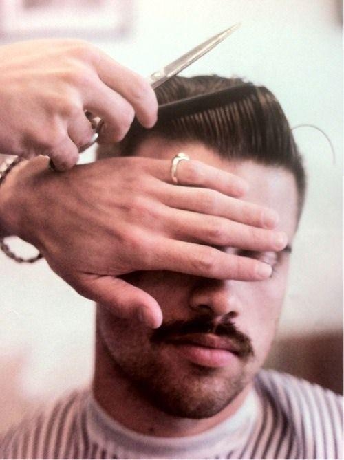 Mens Barbering Haircut