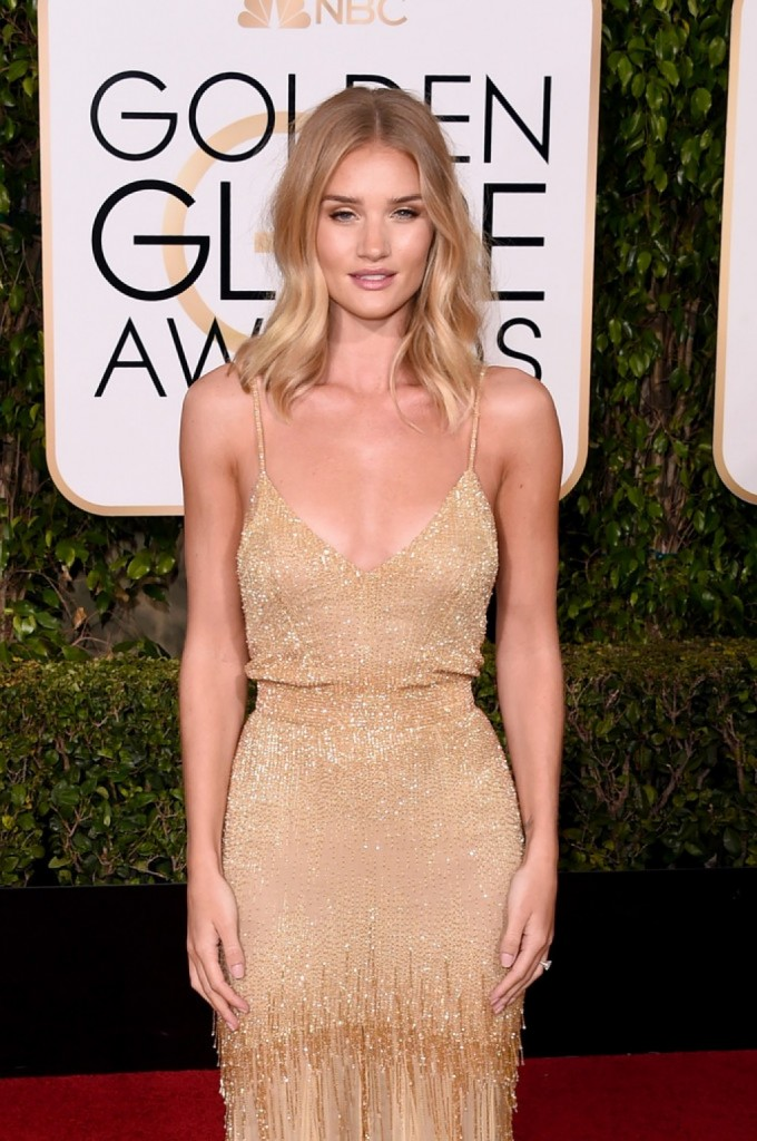 2016-Golden-Globes-Awards-Versace-Rosie-Huntington-Whiteley