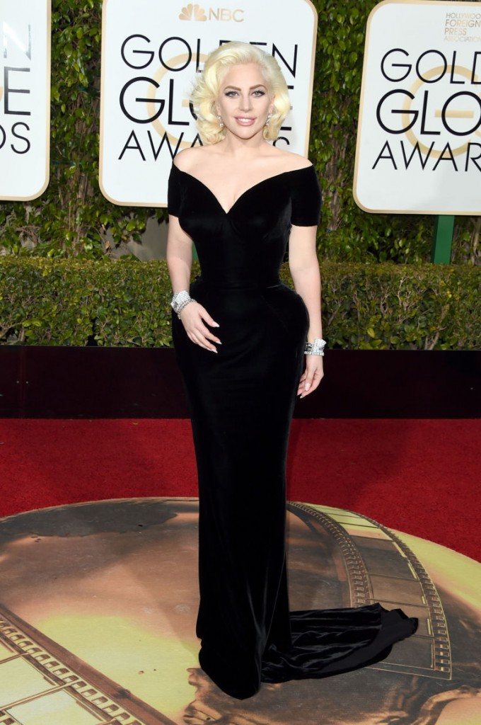 lady-gaga-golden-globes-fashion