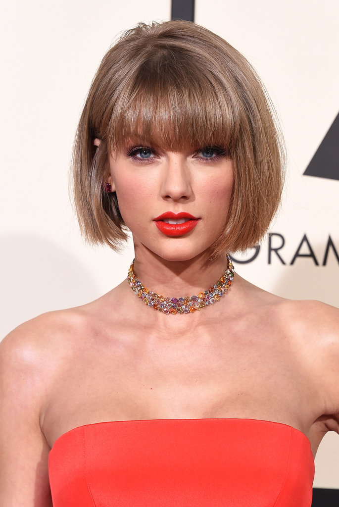Taylor-Swift-grammys-hair-makeup