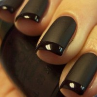 matte french maincure
