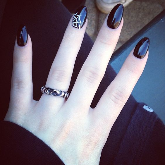 Best Halloween Manicure Ideas