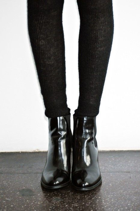 black-tights-and-boots