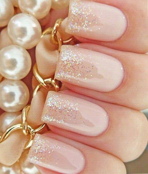 glitter-tip-manicure